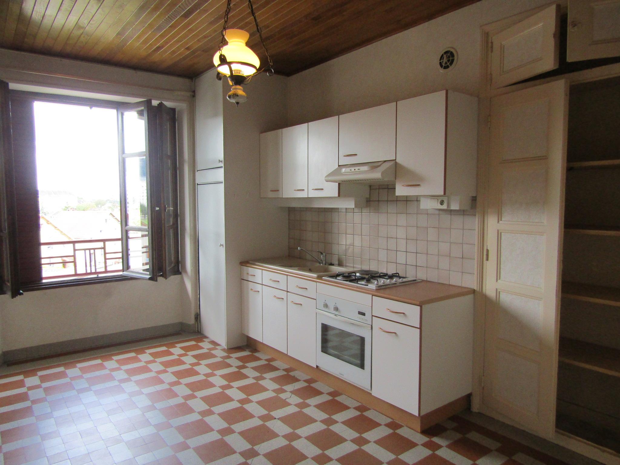 Vend appartement à CHAMPAGNOLE